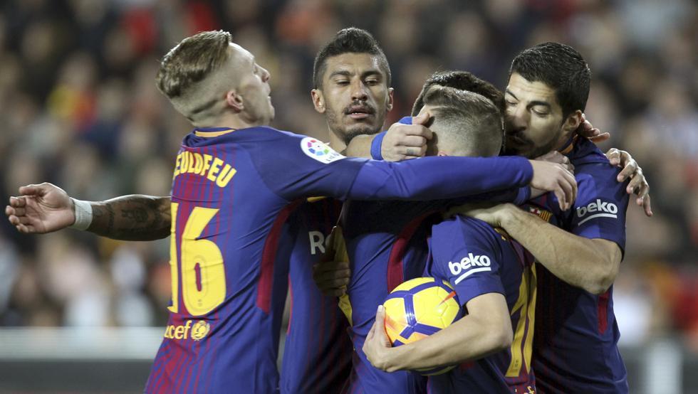 Barca nuối tiếc vì bàn thắng của Messi không được công nhận