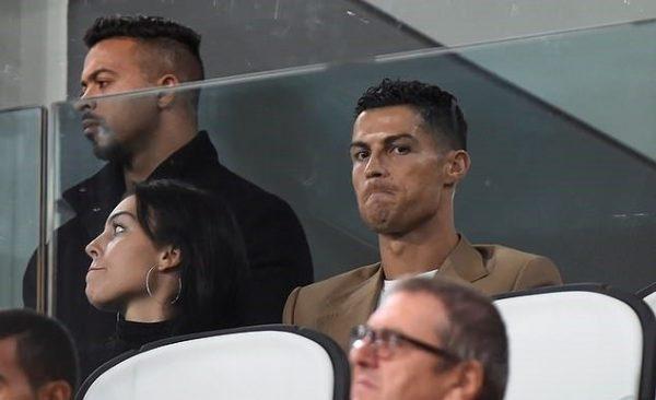 Ronaldo không hạnh phúc khi Juventus thắng