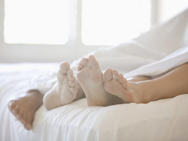 """5 điều cần tránh sau khi """"yêu"""" để không gây hại cho sức khỏe"""