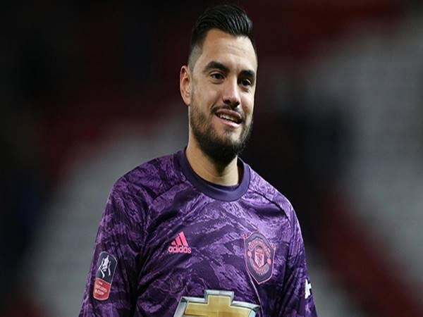 Sergio Romero sẽ gia nhập Valencia theo dạng cho mượn?