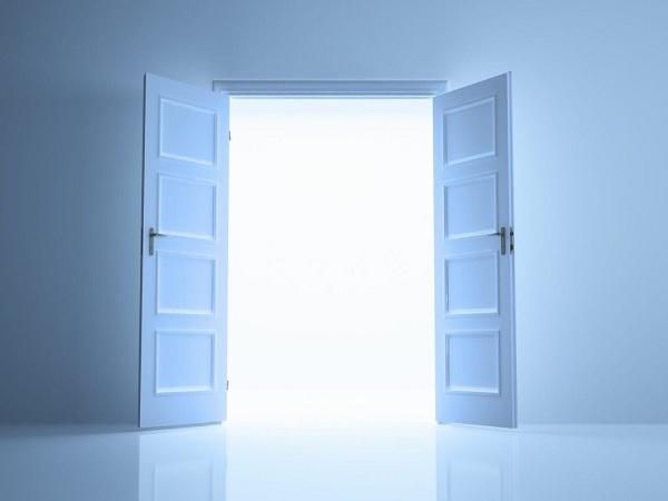 Nằm mơ thấy cánh cửa đánh con gì?