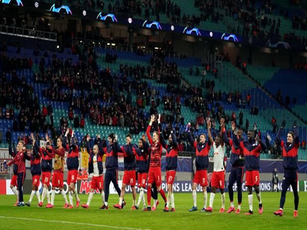 Liverpool bị cấm đến Đức thi đấu