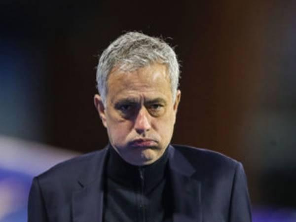 Tin thể thao 29/3: Mourinho bực tức sau những buổi tập của mình