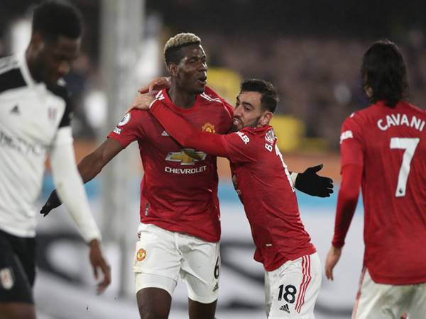 Bóng đá QT ngày 12/4: Các cầu thủ MU muốn Paul Pogba ở lại