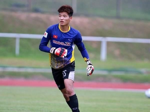 Bóng đá VN tối 21/5: Phí Minh Long rời CLB Hà Nội