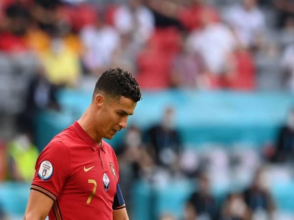 Bóng đá QT tối 22/6: Barca dùng 3 cầu thủ để 'câu' Ronaldo