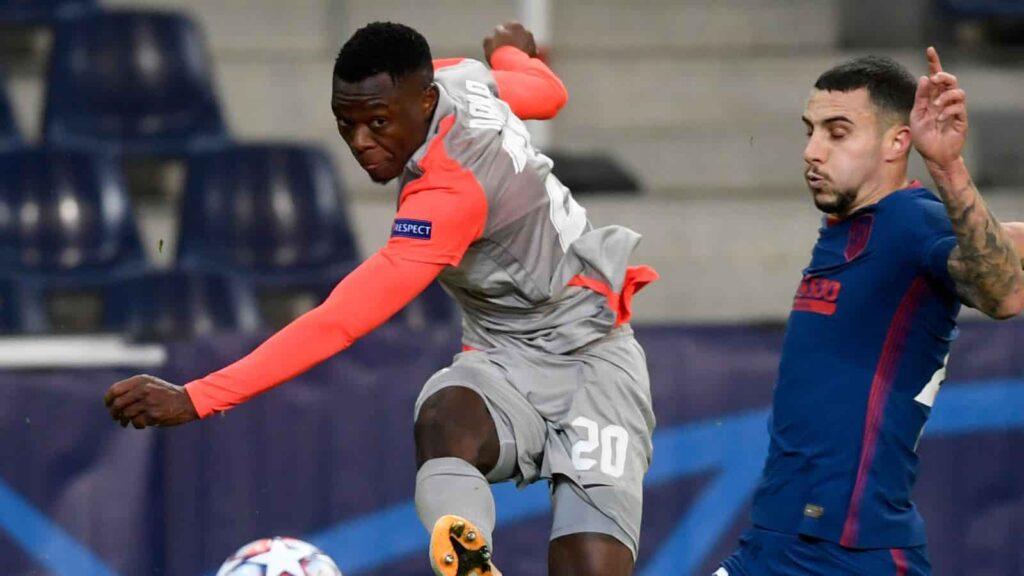 Patson Daka: Tiền đạo của Red Bull Salzburg gần 23 triệu bảng chuyển đến Leicester