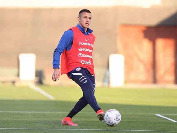 Tin bóng đá trưa 14/6: Sanchez sẽ bỏ lỡ vòng bảng Copa America