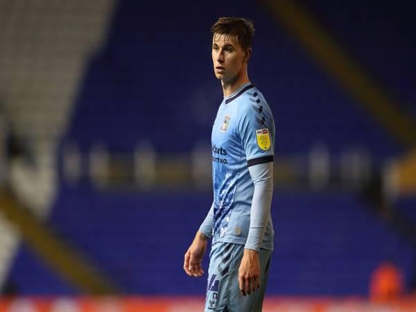Chuyển nhượng 2/7: Arsenal chuẩn bị chia tay tiền vệ Ben Sheaf