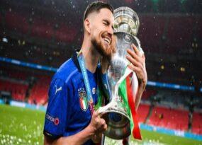 Tin Euro 12/7: Jorginho bị tố giả vờ đau