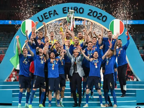 Tin Euro ngày 14/7: 'Ý đã vô địch EURO mà không cần tiền đạo'